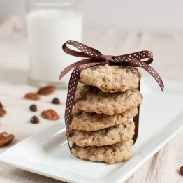 Oatmeal Chocolate Chip Pecan Cookies